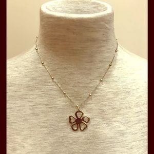 Jewelry - Sterling silver flower pendant necklace.